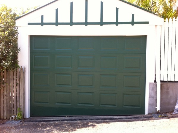 Panel Lift Garage Door (on slanted ground)